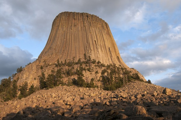 bigstock-devils-tower-at-sunset-55140914